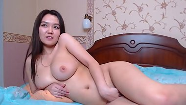 Hot Asian webcam model