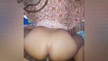Hard fuck to my wife (lankan )
