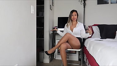 Office lady exercising in pantyhose .