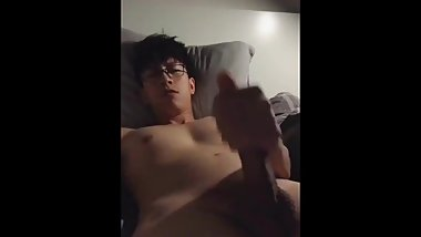 Chinese Handsome Wanks and Cums