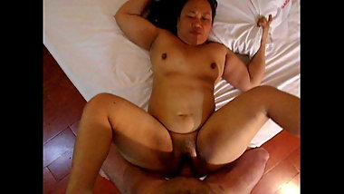 Fat mature asian Jama get her big but up for sex