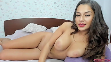 My stepmom lies on bed and slutty with mates on cam p8