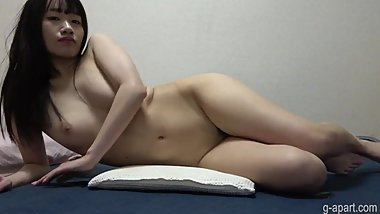 Glamorous Japanese Girl Naked and Exposed Pubic Hair