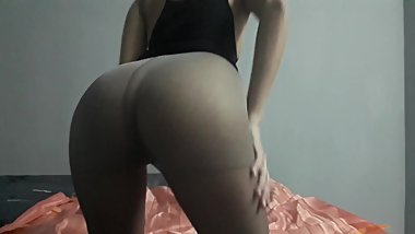 Show my Hot Butt in pantyhose ????????? ??????????