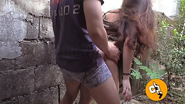 Pinay Viral Wild Risky Outdoor Sex and Creampie