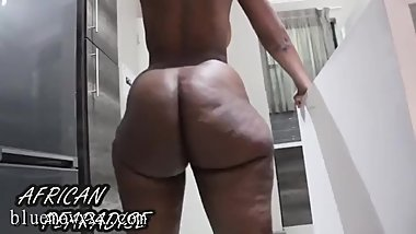 meet her on bluemovxxx_com African_Pearadise